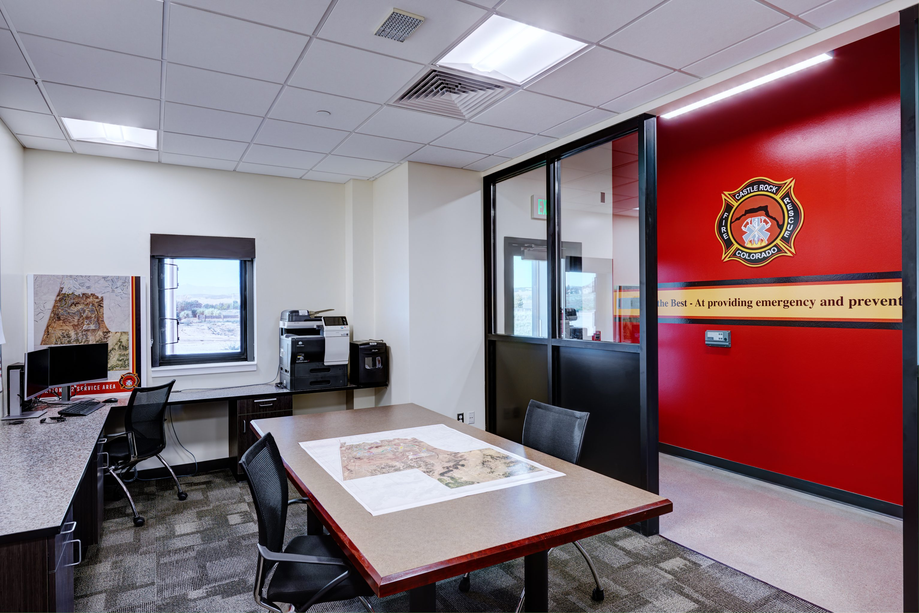 fire-station-152-castle-rock-seh-architecture-014-office