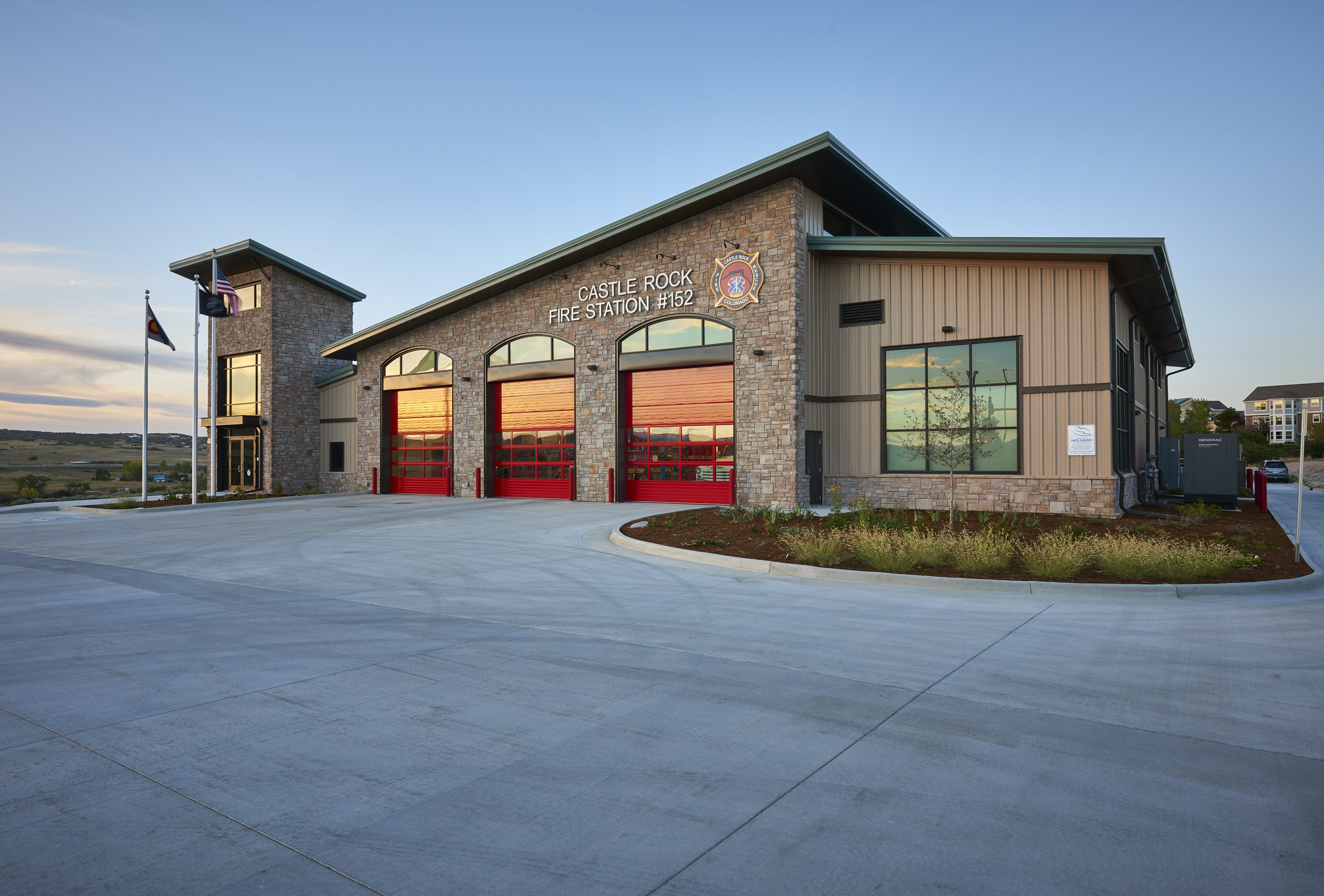 fire-station-152-castle-rock-seh-architecture-exterior-17832